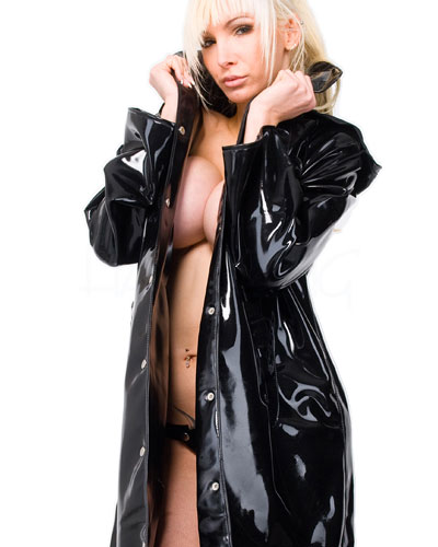 Trenchcoat aus Latex